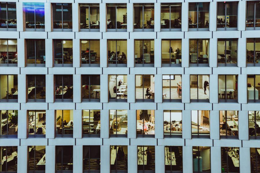 3 Best Uses of Occupancy Sensors in Commercial Buildings